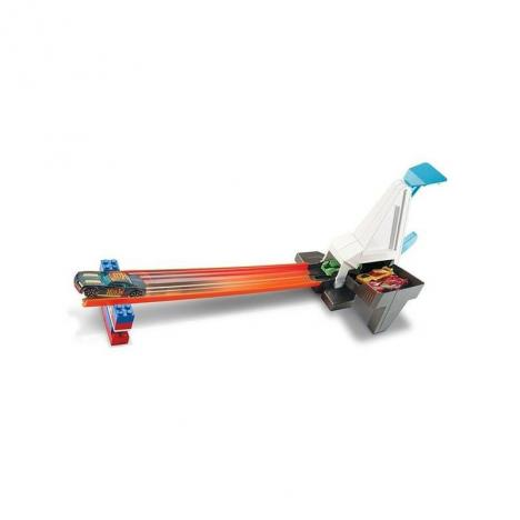 Hot Wheels Track Builder - Propulsor de Curva + Coche.