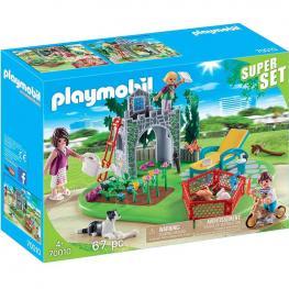 Playmobil SuperSet Familia en el Jardín